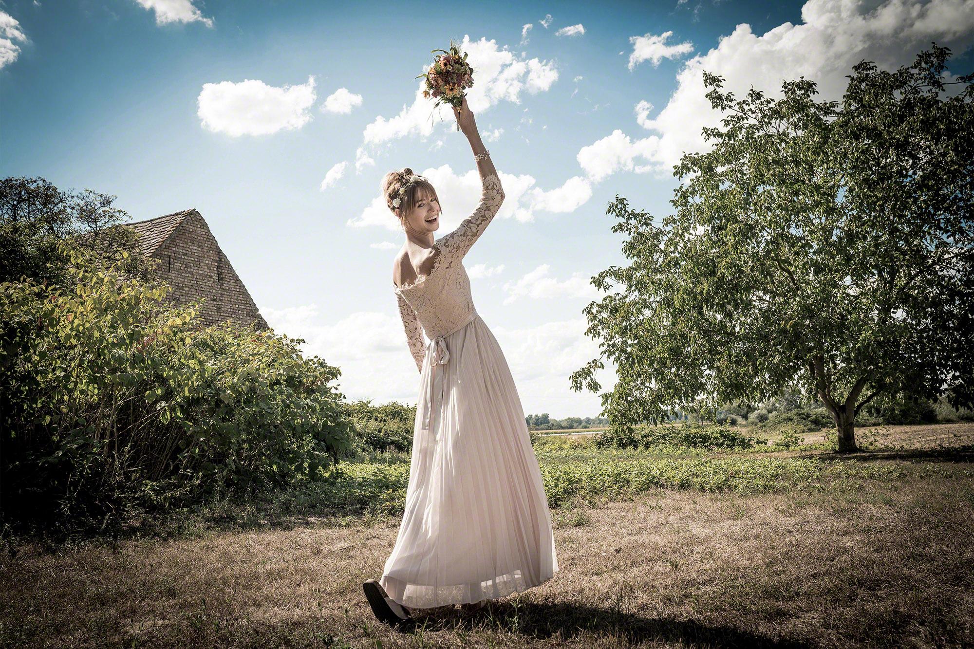 Hochzeit Braut Straußwurf
